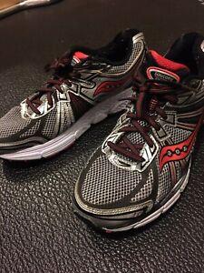 Men's Saucony Omni Running Shoes
