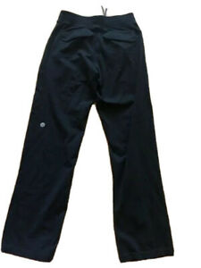 LULULEMON Mens Sweat Pants Black size M Flap Back Pockets Gym Run Everyday 33""