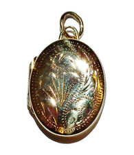 Fully Hallmarked 9ct Yellow Gold Small Patterned Oval Locket