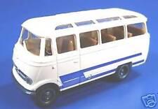 BREKINA HO - # 36172-2 - MB O 319 Bus, white/blue