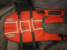 Outward Hound Life Jacket Medium Safety VestMedium14 to 16 inches21 to 27 in
