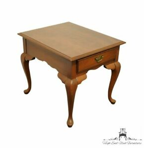 """BROYHILL Lenoir House Cherry Traditional Style 22"""" Accent End Table 3220-02"""