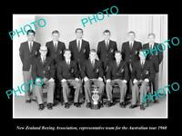 OLD POSTCARD SIZE PHOTO OF THE 1960 NEW ZEALAND BOXING ASSOC TEAM AUST TOUR