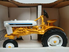 Ertl INTERNATIONAL CUB TRACTOR Yellow & White SPECIAL EDITION 1/16 scale