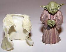 2004 Star Wars Jedi Master Yoda Dagobah Empire Strikes Back Action Figure