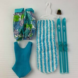 Vintage Palitoy Tressy Outfit On the Beach + swimsuit skis towel + accessories