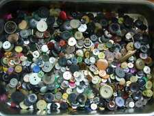 900g Knöpfe Konvolut Knopfmischung - viele Farben und Größen Zufallsmischung NEU