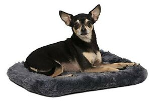Pet Bed With Padded Polyester Bolster Cushion And Faux Fur For Dogs And Cats