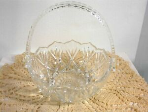 VINTAGE CLEAR GLASS BASKET with MOVABLE PLASTIC HANDLE