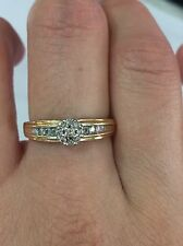 PRETTY 10K SOLID YELLOW GOLD & NATURAL DIAMONDS RING 3,7 Grams