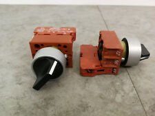 2 x 22mm Siemens 2 Position Rotary Selector Switch Detent 3SB14 30-OB *