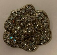 VINTAGE JEWELY CLEAR RHINESTONE  IN CLUSTER BROOCHE