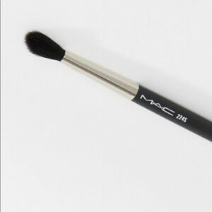 MAC COSMETICS Synthetic Tapered Blending Brush 224S  Brand New/In Plastic Sleeve