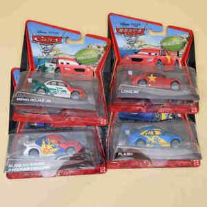 Disney PIXAR Cars 2 Super Chase - RUSSIAN RACER/ MEMO ROJAS JR/ FLASH/ LONG GE