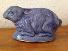 ANCIENNE et belle TIRELIRE A CASSER lapin bleu