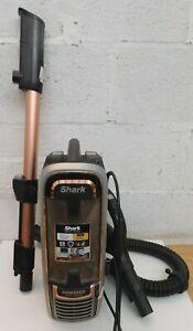 "Shark AZ910UKT Anti Hair Wrap Upright Pet Vacuum Cleaner  ""Read Description"""