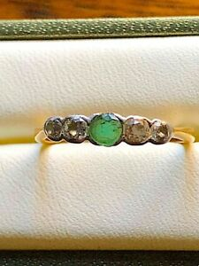 Antique 18ct yellow gold, emerald and diamonds ring. Size N1/2