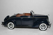 Danbury Mint 1936 Ford Deluxe Cabriolet Convertible Boxed DieCast 1:24