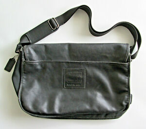 Messenger Bag Leather with Nylon Lining USA Made By Coach Tag No. K5M-688 (1995)