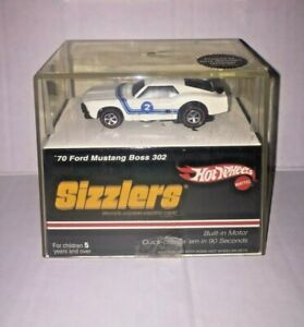 Hot Wheels 2006 Sizzlers '70 Ford Mustang Boss 302 White