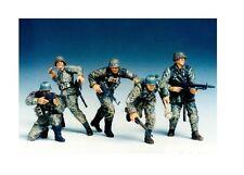 Tamiya 35196 - 1/35 WWII Figuren Set Dt. Frontsoldaten - Neu