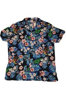 NWT Marvel Comics Avengers Tropical Floral Print S/S Button Front Shirt Size XL