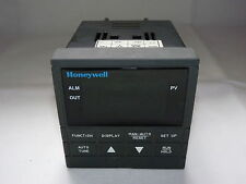 Honeywell DC230B-EE-20-10-000P000-20-0