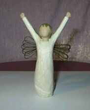 2004 Willow Tree Angel Courage Ornament/Figurine by Demdaco