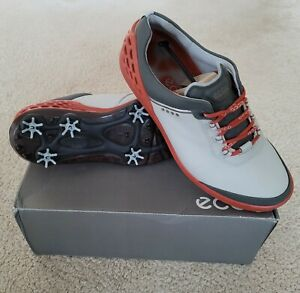 NEW IN BOX PAIR OF ECCO CAGE GOLF SHOES