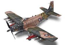 Bombardier d'appui DOUGLAS AD-6 SKYRAIDER - Kit Revell/Monogram 1/48 n° 15312