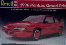 Revell 7458 1990 Pontiac Grand Prix-Plastic Model Kit 1:25 Scale Skill Level 2