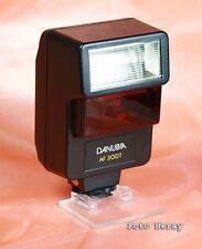 Danubia AF 30DT Blitzgerät für Canon EOS Analog 03504