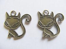 8  Antique Bronze Cat Charms/Pendants - 20mm