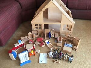 Vintage Plan Dollhouse wooden doll's house with many accessories - excell condn