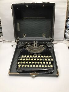 Vintage Antique Corona Four Portable Typewriter With Case