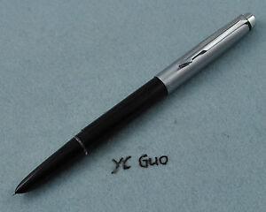 Wing Sung 802 Fountain Pen Fine Nib Black