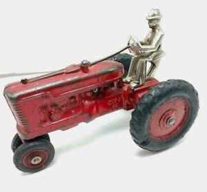 1941 Arcade Farmall M Cast Iron Toy w/ Driver & Arcade Decal