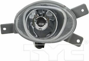 TYC 19-0853-00-1 Compatible with Volvo Xc70 Right Replacement Fog Lamp