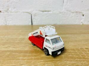 Realtoy Qantas Mobile Stair Truck Diecast Model Car