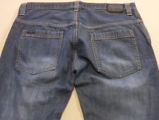 078 MENS NWOT RUSTY REG FIT STR8 LEG BLUE FADE DENIM JEANS SZE 36 $110 RRP.