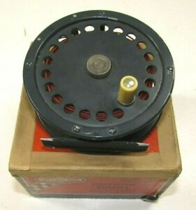 Vintage Shakespeare RUSSELL No. 1896 Intrinsic Trout Reel Fly Fishing in BOX