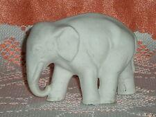 PETIT ELEPHANT EN BISCUIT BLANC