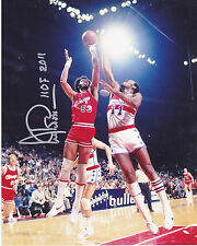 ARTIS GILMORE  CHICAGO BULLS  HOF 2011  ACTION SIGNED 8x10