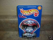 HOT WHEELS--PHILLIES 2000--2 CAR SET (NEW) LIMITED EDITION