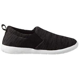 isotoner Women's Zenz Balance Sport Mesh Slipper Slip-On Shoe Black Size 7