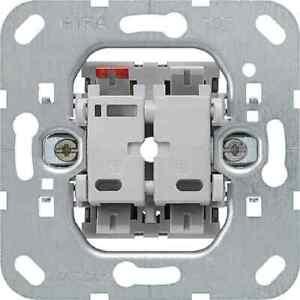 GIRA Tastschalter Wechsel Einsatz 012600 Elektro- und Haustechnik Installationss