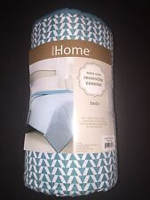 "Design Home Reversible Twin Easy Care Coverlet 68"" x 86"" Teal / White"