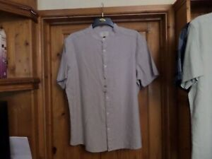 MEN'S COLLARLESS CASUAL COLLARLESS SHIRT - SIZE 42-44- LIGHT GREY - NEW WITH TAG