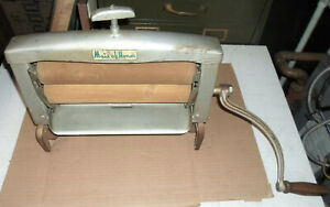 """ANTIQUE """"MAID OF HONOR"""" CLOTHES WRINGER FOR A WASHING MACHINE"""