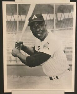 """HANK AARON (2/5/34 - 1/22/21) one of the """"Greatest Baseball Players ever"""""""